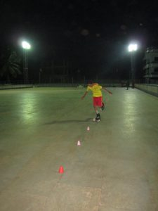MOST CONES CROSSED WITH ONE LEG WHILE PERFORMING SLALOM (INLINE)