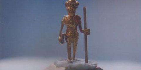 SMALLEST GOLDEN STATUE OF MAHATMA GANDHI